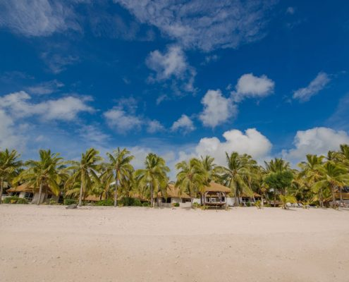 Crown Beach Resort, Cook Islands - Beachfront