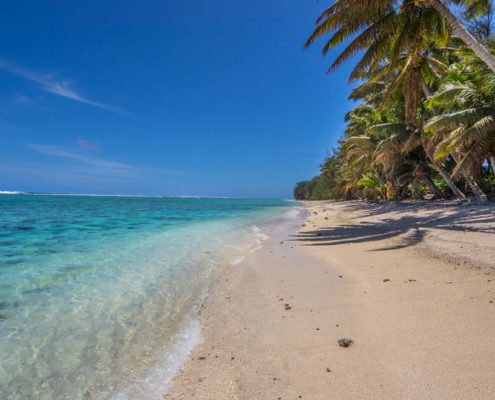 Lagoon Breeze Villas, Cook Islands - Beach