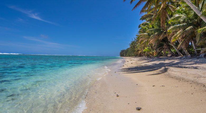 Lagoon Breeze Villas, Cook Islands - Beach