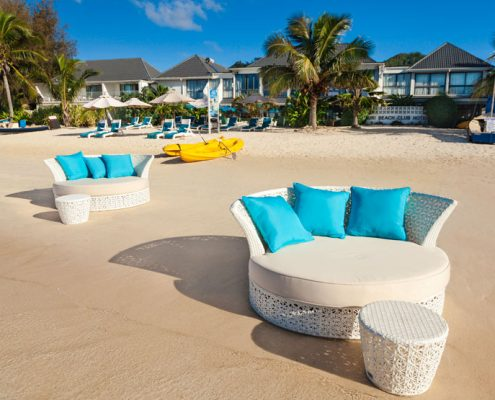 Muri Beach Club Hotel, Cook Islands - Lagoon Sunloungers