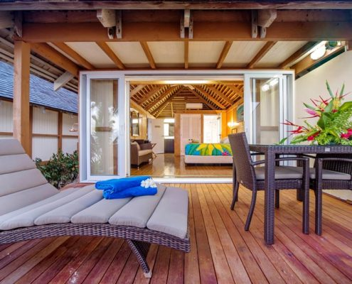 Palm Grove, Cook Islands - Beachfront Deck