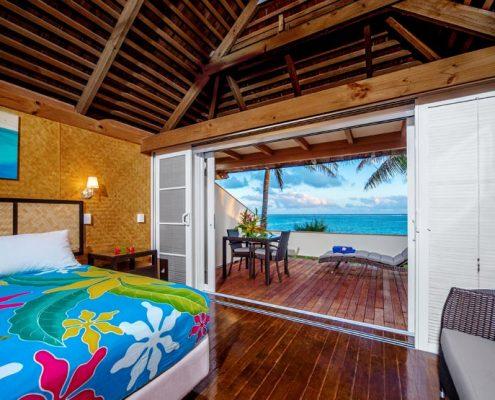 Palm Grove, Cook Islands - Beachfront Views
