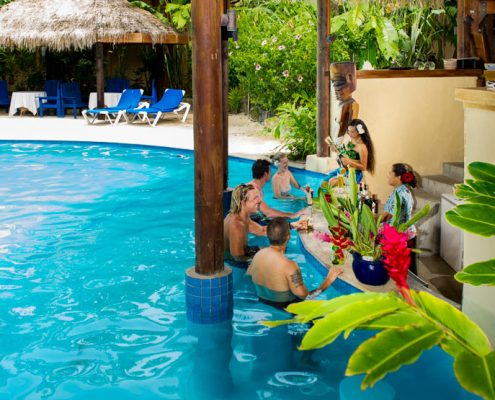 Sanctuary Rarotonga, Cook Islands - Swim Up Bar