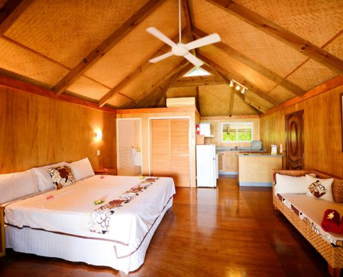Tamanu Beach, Cook Islands - Room Interior